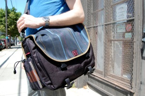 Commuter Laptop Bag 04